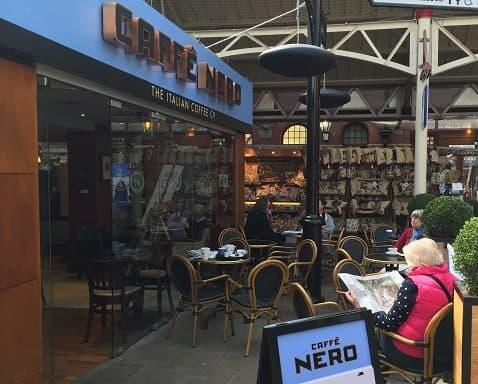 Caffe nero von Herschel erhitzt