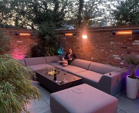 Herschel Californias in terrace area
