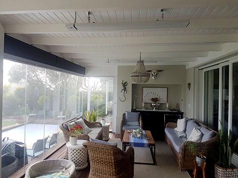 Weiße Herschel-Gipfel in einem Gartenzimmer in Südafrika